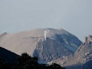 DSCN2011 crater of Santaguita