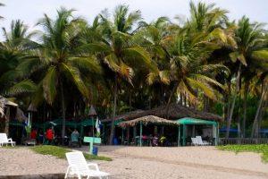 dscf5001-beach-entrance-to-tortuga-verde