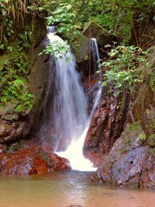 dscn4879-waterfall-3